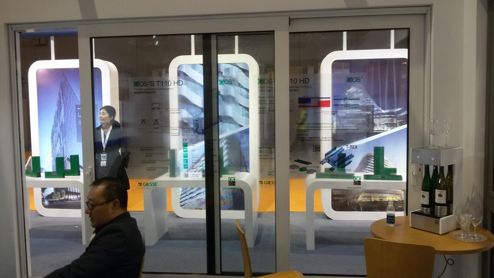 New lift and slide class door suites & New lift and slide class door suites - Sunvast Curtain Wall
